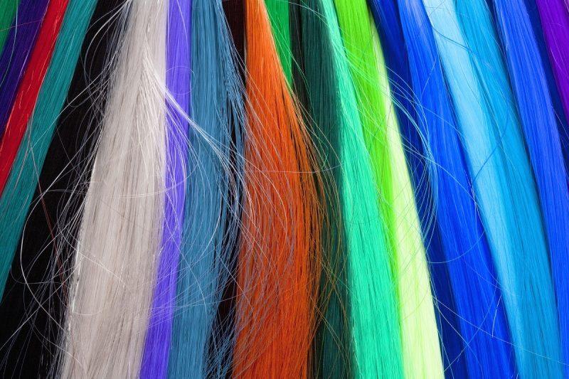 extensiones-azules-de-pelo-natural-800x533-3483588